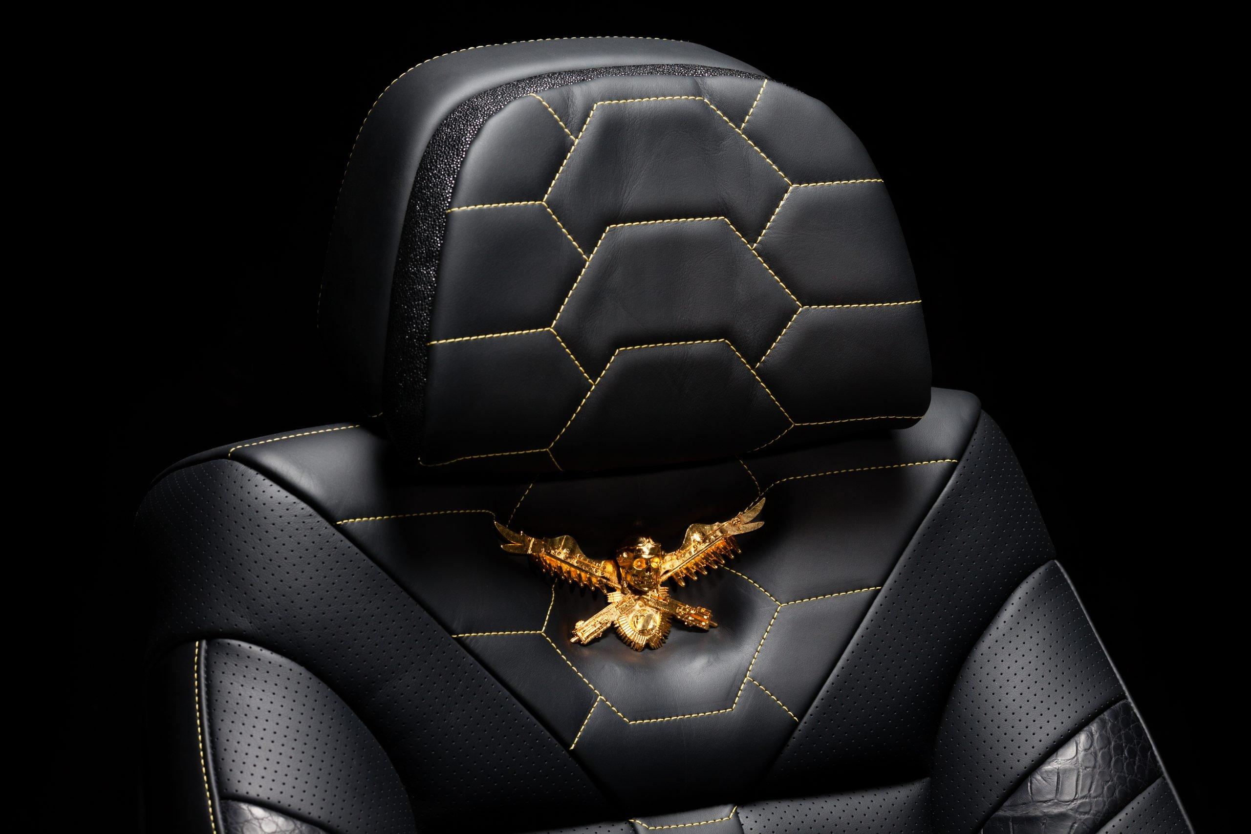 DARTZ_Prombrion_Black_Alligator_seat_3