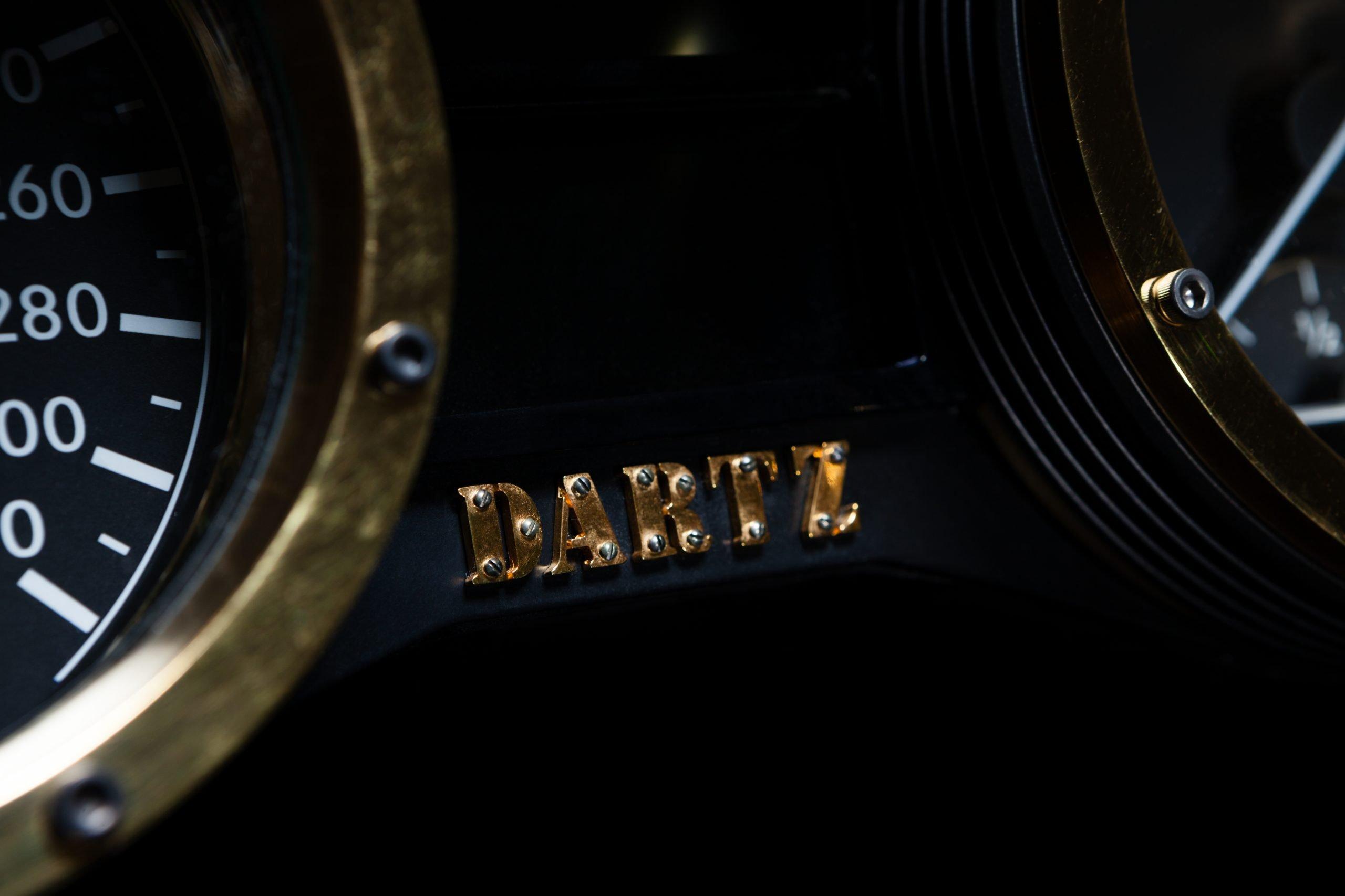 DARTZ_Promrbon_Black_Alligator_dash_1